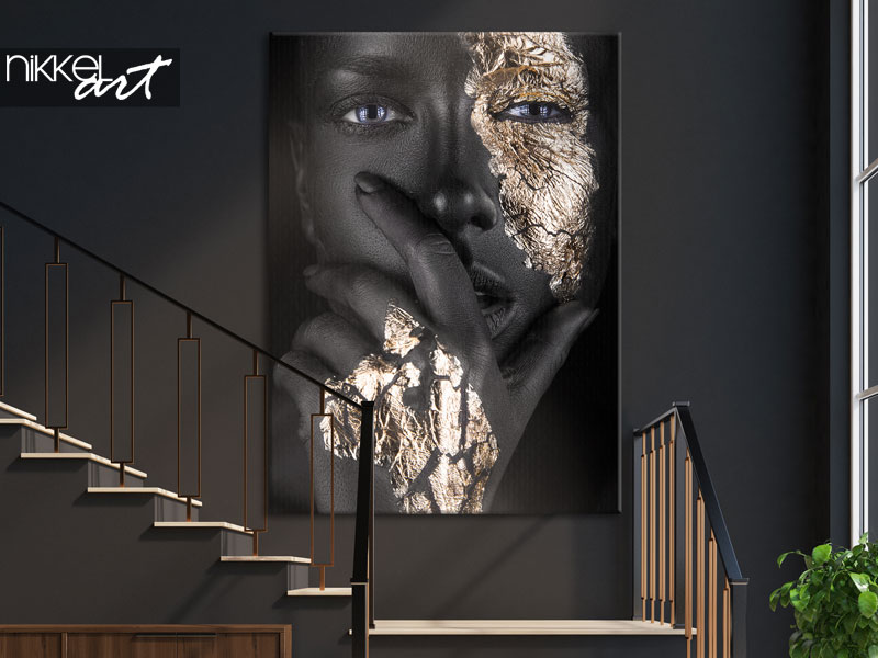 Canvas prints Woman with golden accents