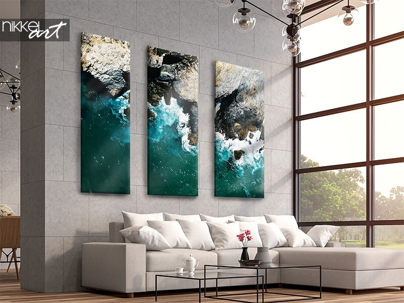 Eye-catching wall decoration? Go for a three-piece canvas