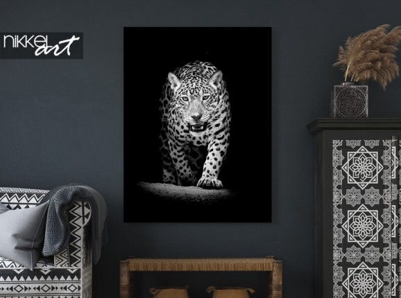 Leopard on aluminium