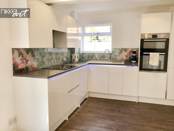 Customer Photo Acrylic Kitchen Splashback Magnolia